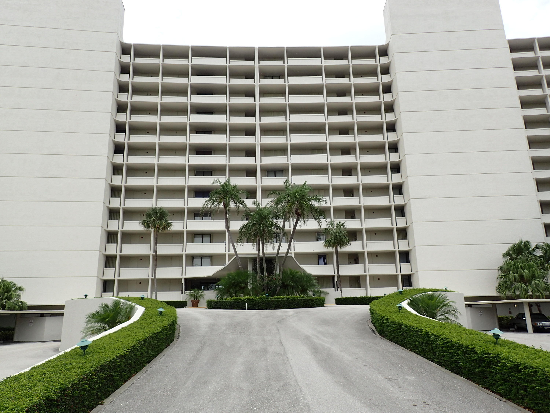 122 Lakeshore Drive North Palm Beach FL 33408