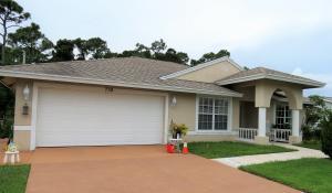 738 NE Galilean Street, Port Saint Lucie, FL 34983