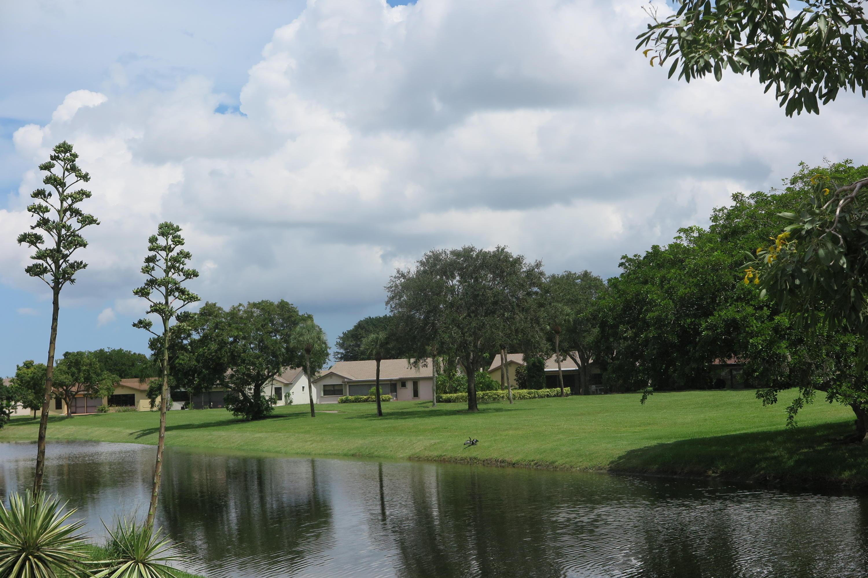10872 Lake Front Place Boca Raton, FL 33498