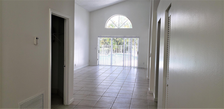 7384 Ashley Shores Circle, Lake Worth, Florida 33467, 3 Bedrooms Bedrooms, ,2 BathroomsBathrooms,Single Family,For Sale,Lake Charleston,Ashley Shores,1,RX-10463386