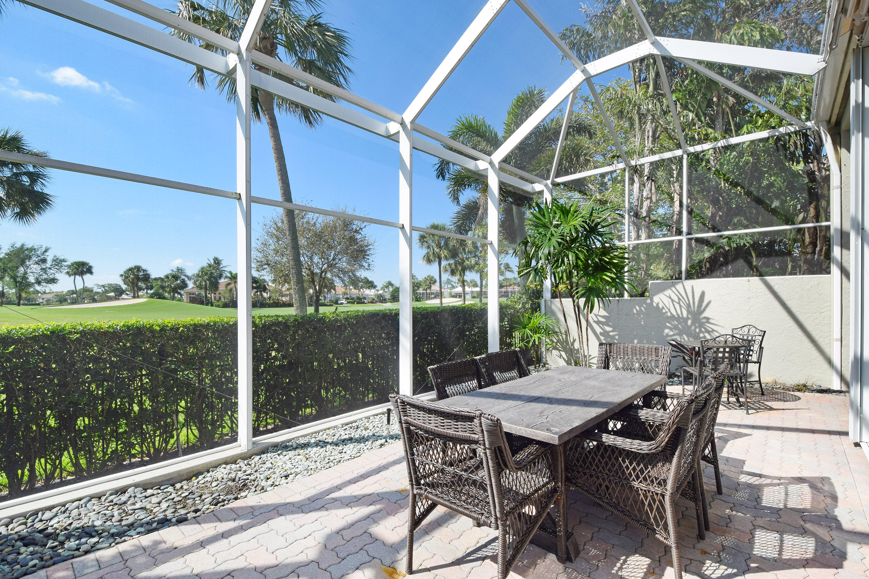 111 Coral Cay Drive, Palm Beach Gardens, Florida 33418, 3 Bedrooms Bedrooms, ,3 BathroomsBathrooms,Single Family,For Sale,CORAL CAY,Coral Cay,RX-10463686