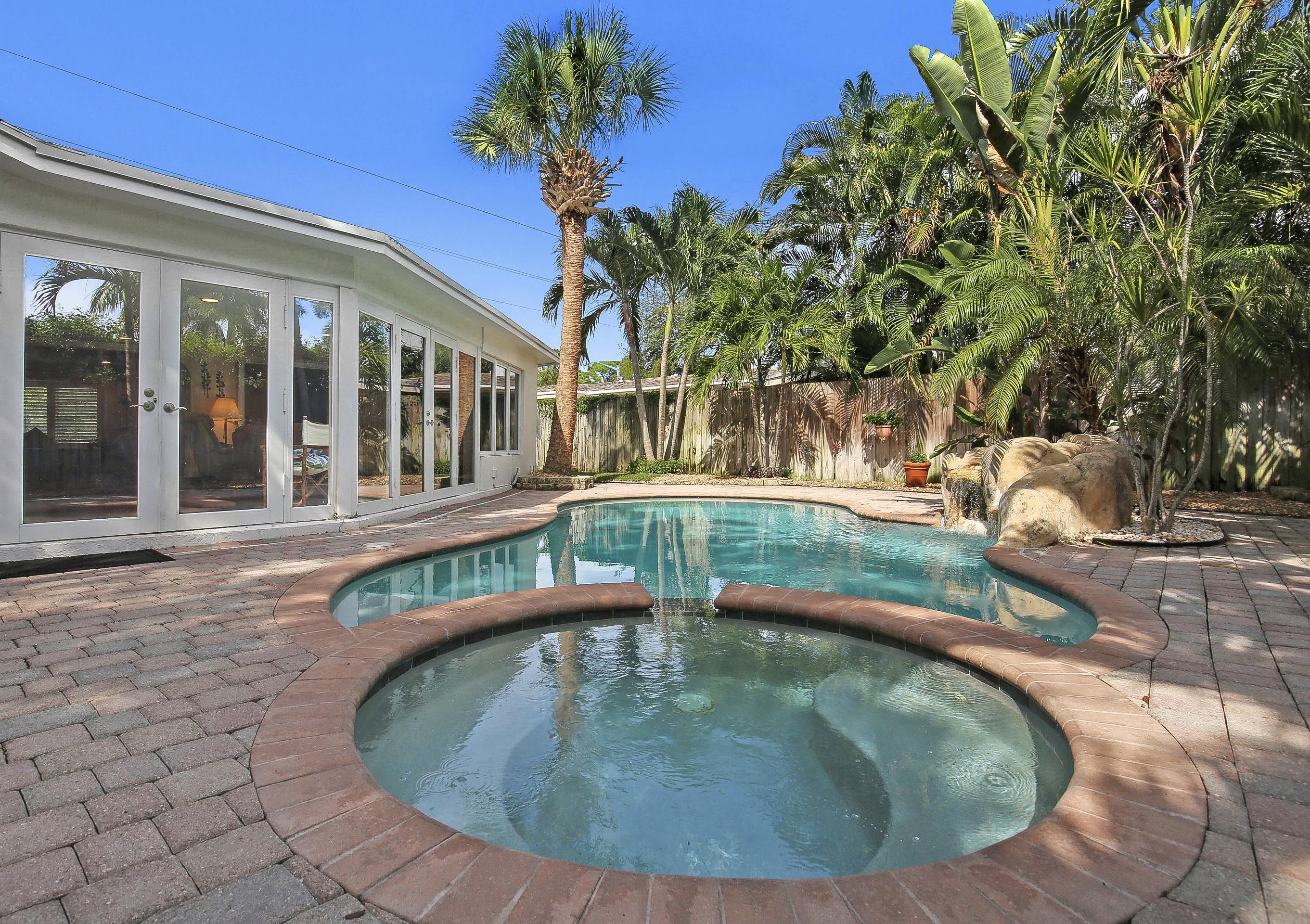 838 W Palmetto Park Road Boca Raton, FL 33486