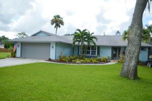 556 SW Rustic Circle, Stuart, FL 34997