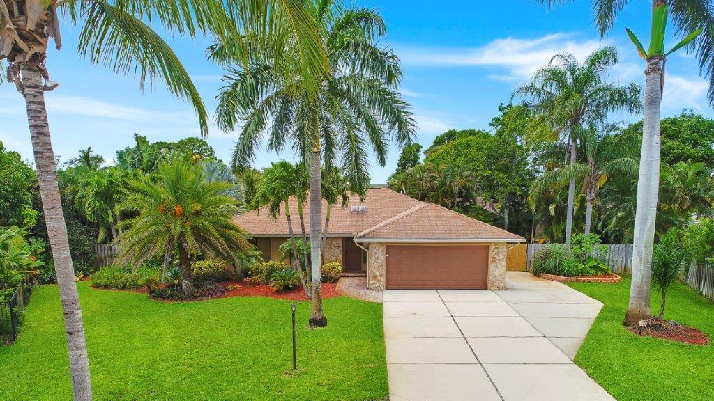 708 Laura Lane, Jupiter, Florida 33458, 3 Bedrooms Bedrooms, ,2 BathroomsBathrooms,Single Family,For Rent,Laura,RX-10464150