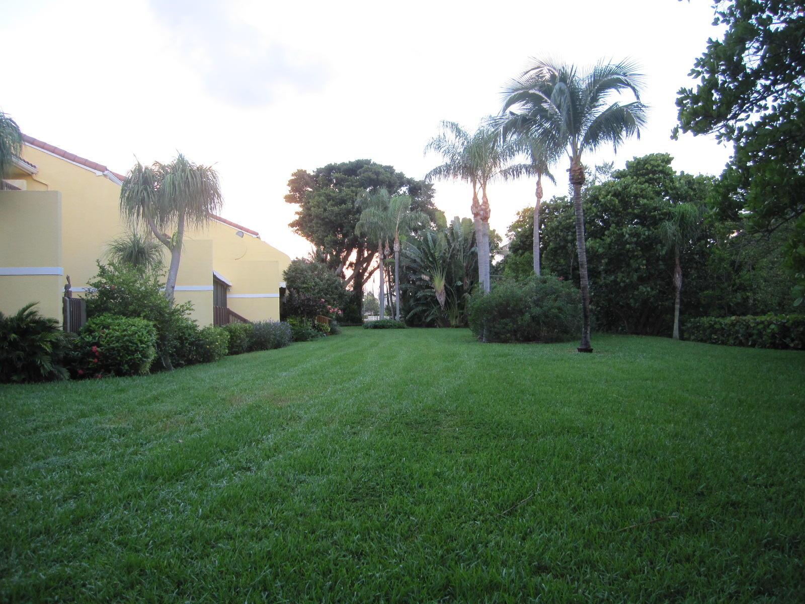 5560a Ocean Boulevard, Ocean Ridge, Florida 33435, 3 Bedrooms Bedrooms, ,2.1 BathroomsBathrooms,Townhouse,For Sale,Ocean,RX-10463708
