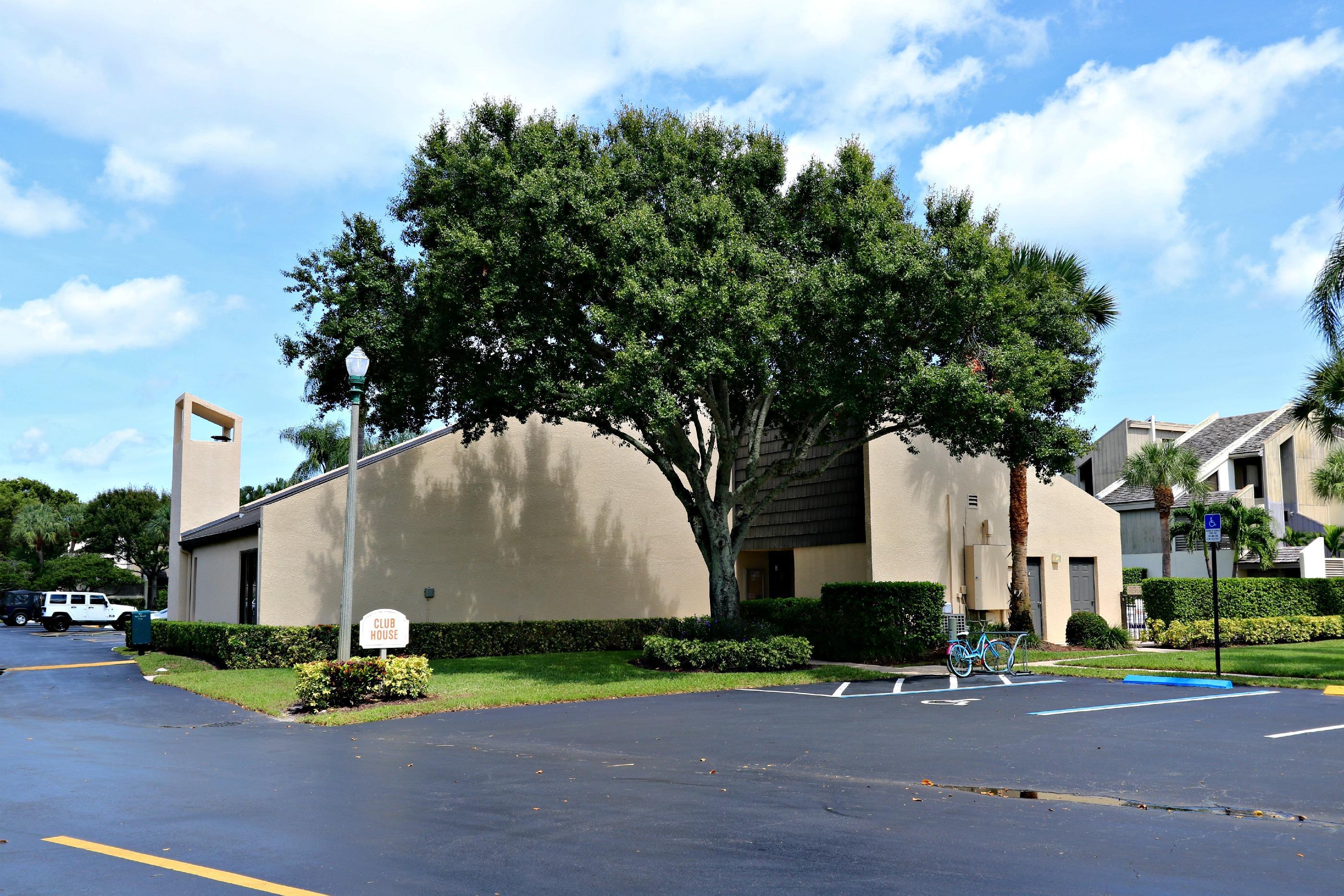 1605 Us Highway 1, Jupiter, Florida 33477, 2 Bedrooms Bedrooms, ,2 BathroomsBathrooms,Condo/Coop,For Rent,Jupiter Ocean Racquet Club,Us Highway 1,2,RX-10464247
