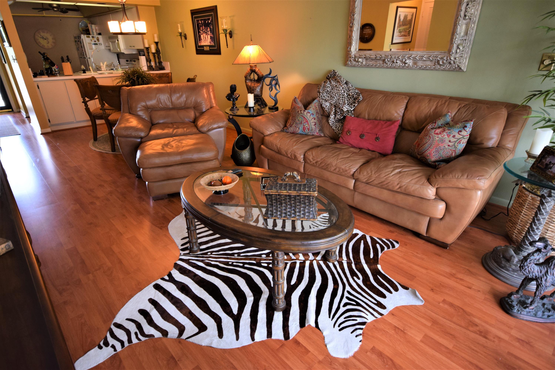 2 Royal Palm Way, Boca Raton, Florida 33432, 2 Bedrooms Bedrooms, ,1 BathroomBathrooms,Condo/Coop,For Sale,Royal Palm,3,RX-10463763
