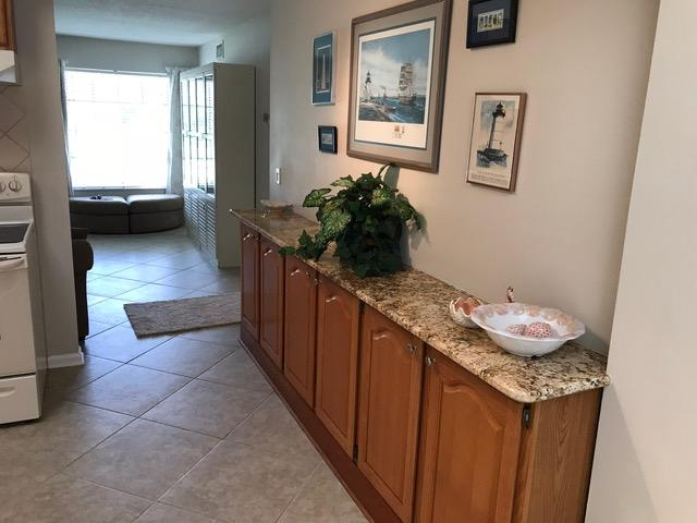 909 Riverwood Lane, Jupiter, Florida 33458, 2 Bedrooms Bedrooms, ,1.1 BathroomsBathrooms,Villa,For Sale,FISHERMANS LANDING,Riverwood,RX-10463918