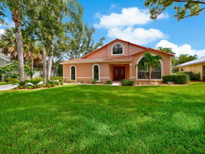 18805 Misty Lake Drive, Jupiter, FL 33458