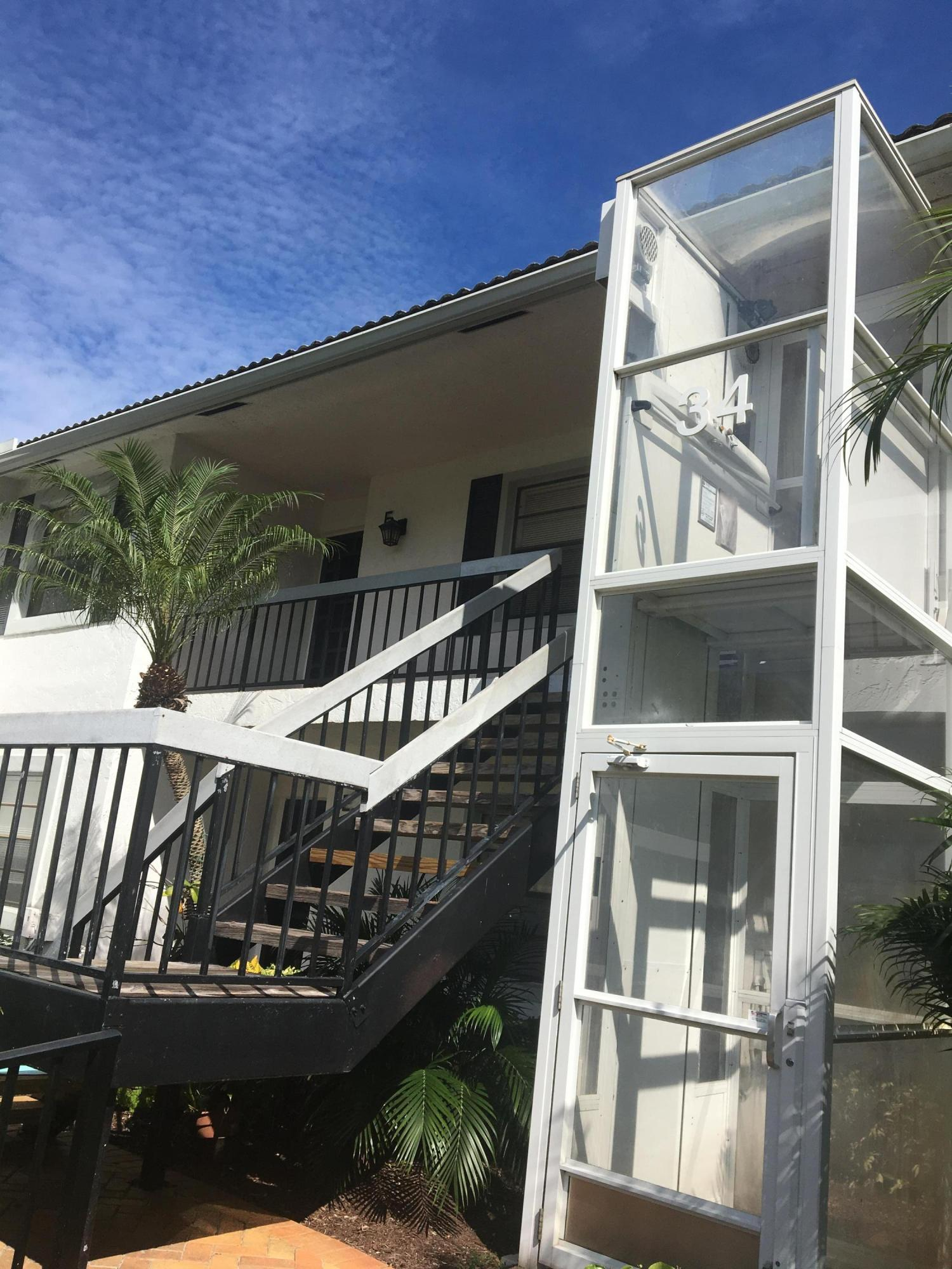 34 Stratford Lane, Boynton Beach, Florida 33436, 2 Bedrooms Bedrooms, ,2 BathroomsBathrooms,Condo/Coop,For Sale,Stratford,2,RX-10464218