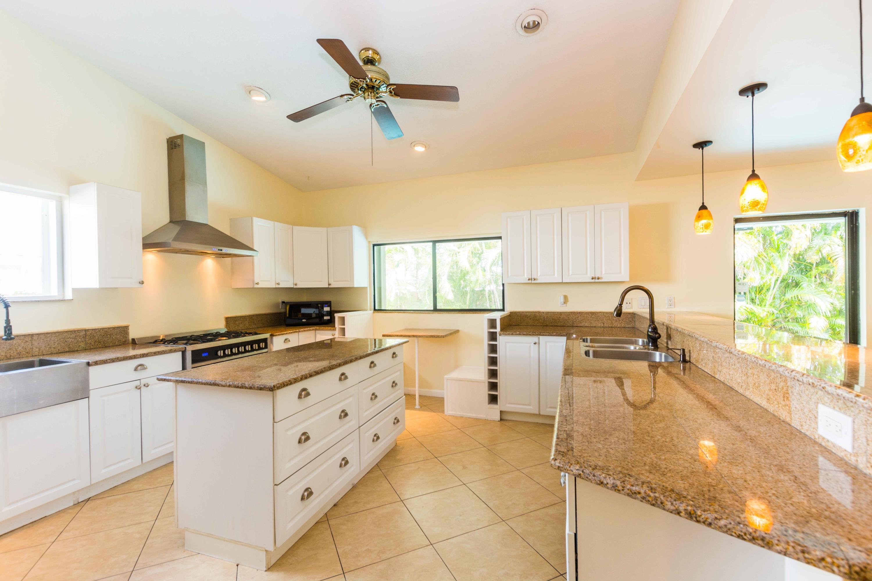 71 Laredo Lane Boca Raton, FL 33487