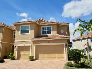 544 SW Glen Crest Way, Stuart, FL 34997