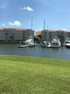 9 Harbour Isle Drive E, 102