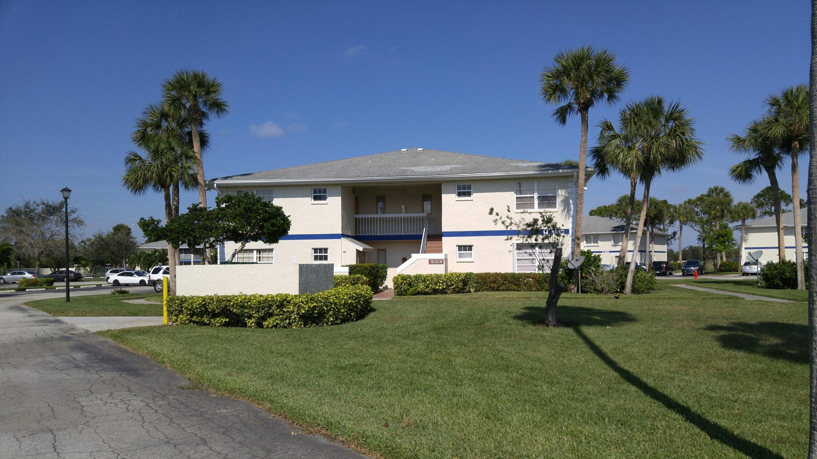 1508 Royal Green Circle, Port Saint Lucie, Florida 34952, 2 Bedrooms Bedrooms, ,2 BathroomsBathrooms,Condo/Coop,For Sale,Royal Green,2,RX-10465398