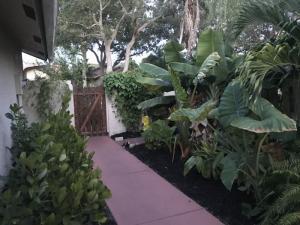 1750 NW 22nd Avenue, Delray Beach, FL 33445