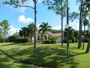 10447 SW Fiddlers Way, Palm City, FL 34990