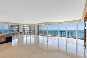 570 Ocean Dr Juno Beach FL-large-004-39-