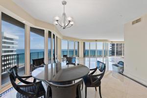 570 Ocean Dr Juno Beach FL-large-007-18-