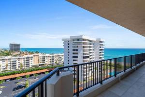 570 Ocean Dr Juno Beach FL-large-039-47-
