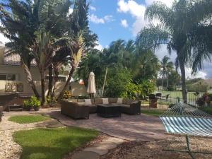 8252 Dominica Place, Wellington, FL 33414