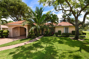 3 Fairway Drive, Boynton Beach, FL 33436