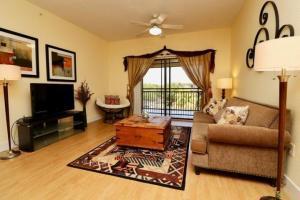 2730 Anzio Court, 302, Palm Beach Gardens, FL 33410