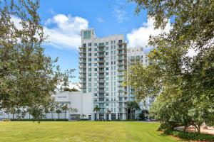 300 S Australian Avenue, 102, West Palm Beach, FL 33401