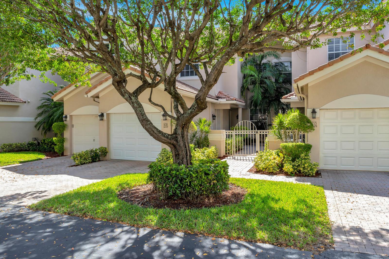 6576 Villa Sonrisa Drive #1214 Boca Raton, FL 33433