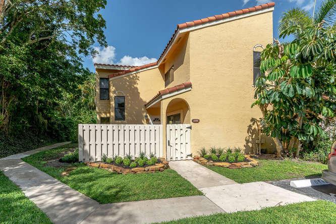 22380 Pineapple Walk Drive #22380 Boca Raton, FL 33433