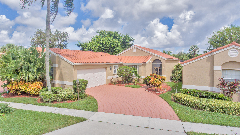 8471 Nadmar Avenue Boca Raton, FL 33434