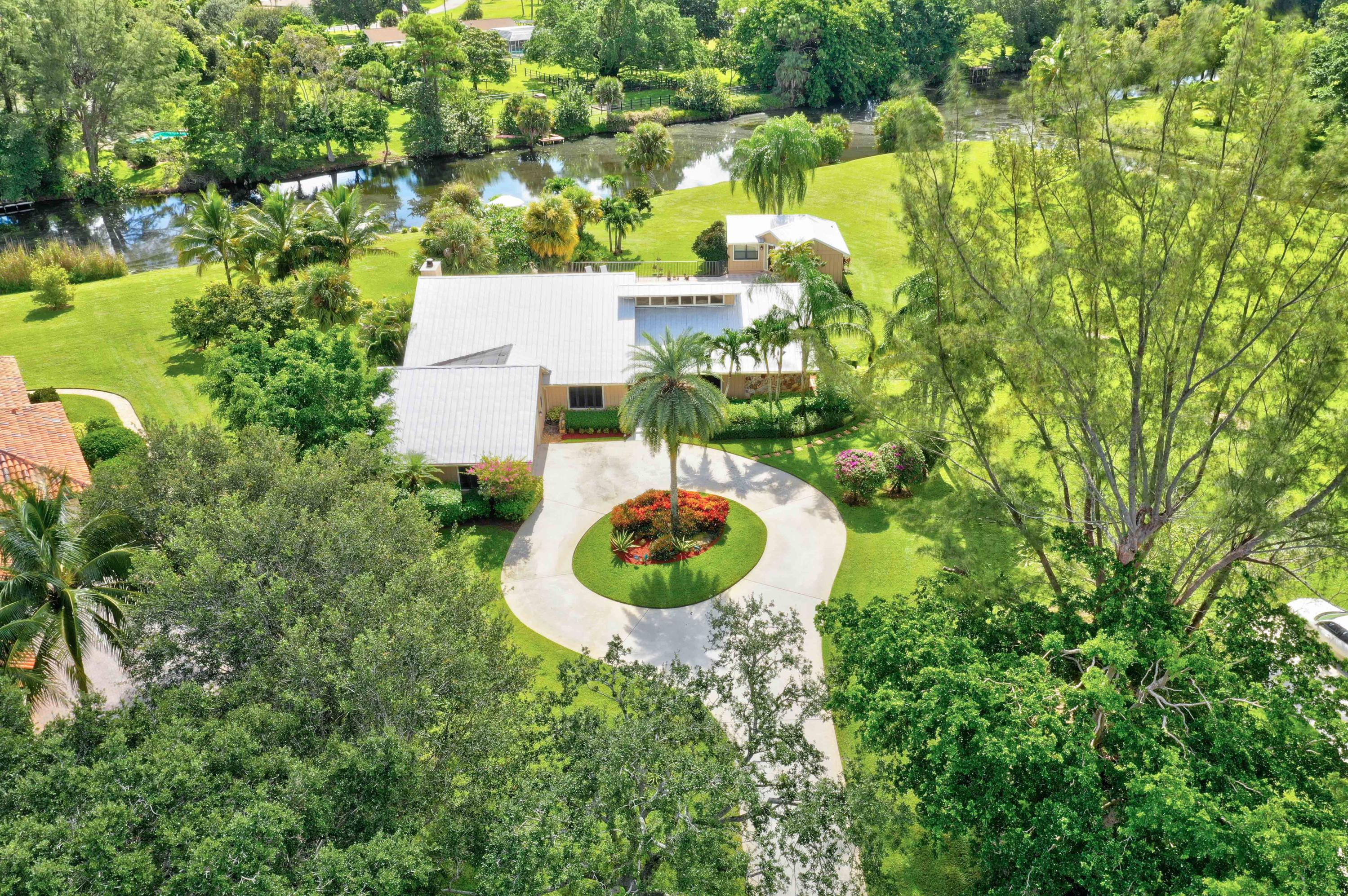 5561 Whirlaway Road, Palm Beach Gardens, Florida 33418, 4 Bedrooms Bedrooms, ,3.1 BathroomsBathrooms,Single Family,For Sale,Steeplechase,Whirlaway,RX-10468267