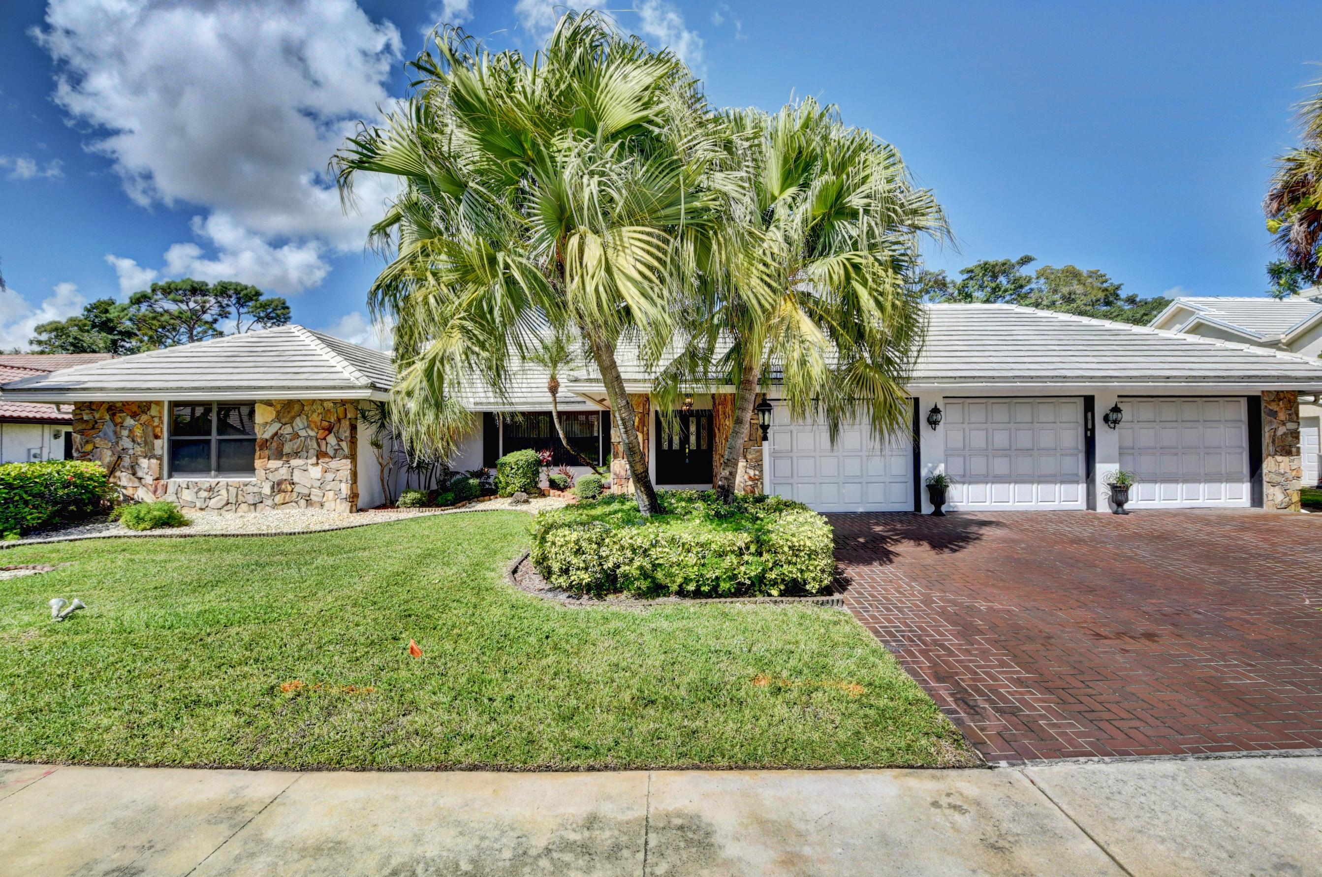 10603 Boca Woods Lane Boca Raton, FL 33428