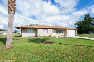 3002 SW Longleaf Court, Port Saint Lucie, FL 34953
