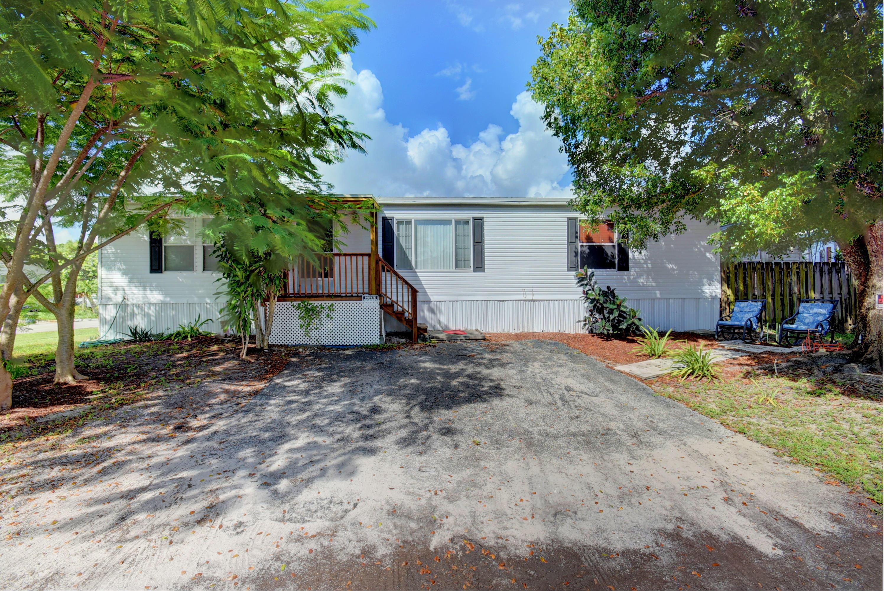 23174 Rainbow Road Boca Raton, FL 33428