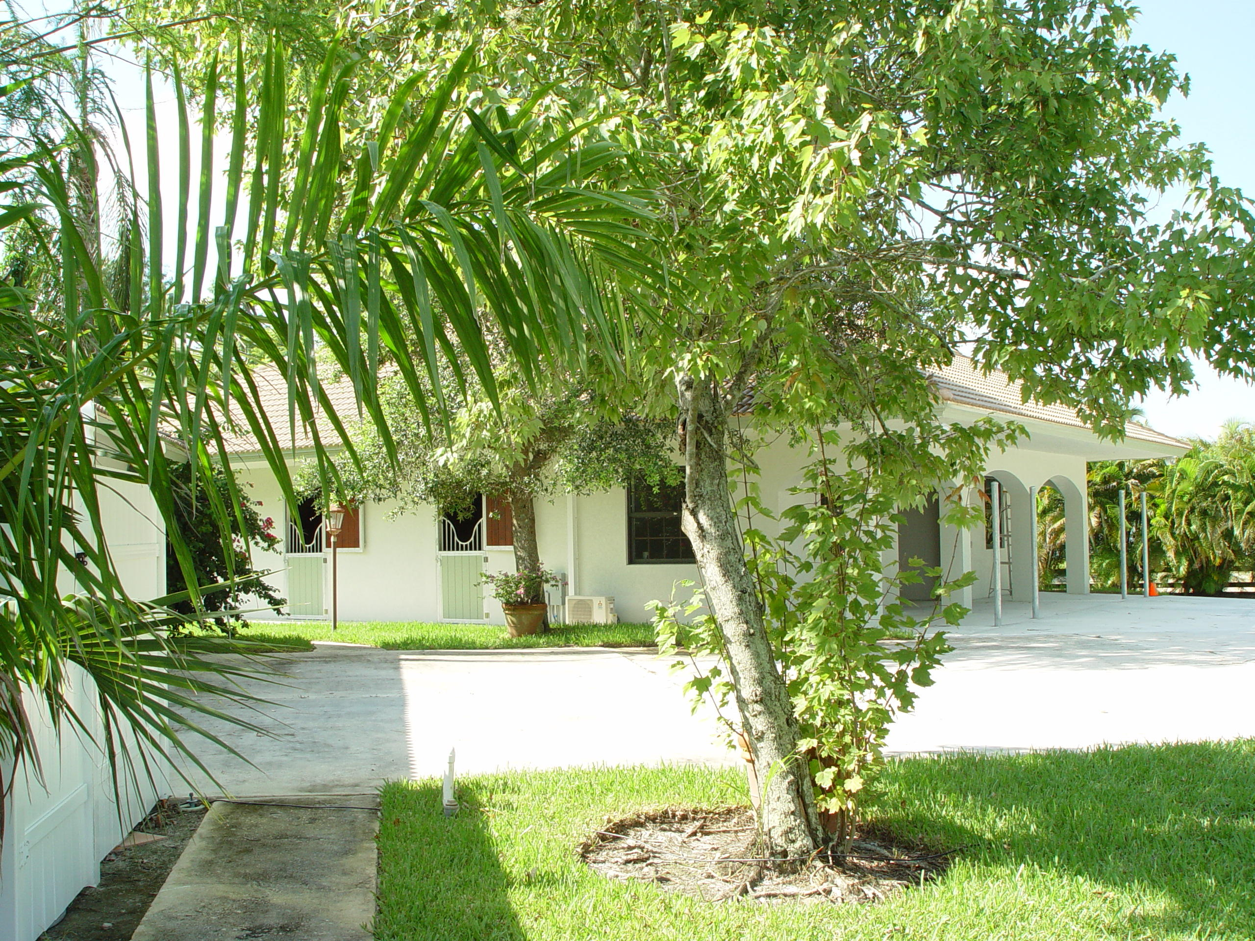 1633 Trotter Court, Wellington, Florida 33414, 5 Bedrooms Bedrooms, ,2.1 BathroomsBathrooms,Single Family,For Rent,Trotter,RX-10468251