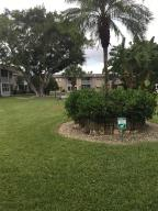 102 Oxford 200, West Palm Beach, FL 33417