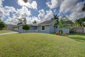 10428 Pippin Lane, Royal Palm Beach, FL 33411