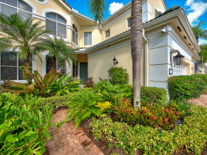 107 Palm Point Circle, B, Palm Beach Gardens, FL 33418