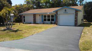 7044 Pine Manor Drive, Lake Worth, FL 33467