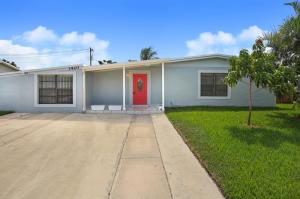 1420 W Pine Street, Lantana, FL 33462