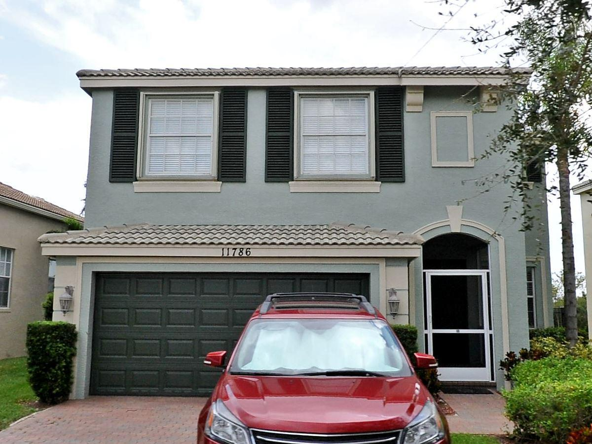 Beautiful home in highly sought after TownPark community.