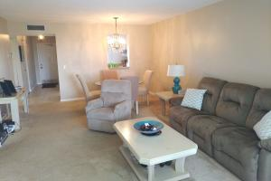 14671 Bonaire Boulevard, 502, Delray Beach, FL 33446