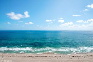 3000 N Ocean Drive, Singer Island, FL 33404