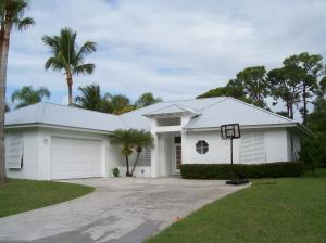 Charming Key West home nestled in wonderful Hobe Sound