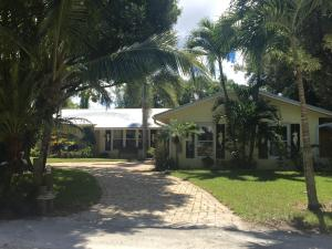 104 Elsa Road, Jupiter, FL 33477