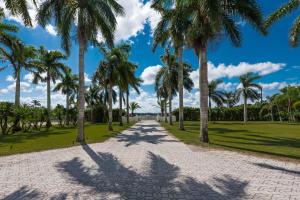 8273 96th Court S, Boynton Beach, FL 33472