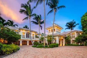 2435 S Ocean Boulevard, Highland Beach, FL 33487