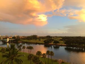 336 Golfview Road, North Palm Beach, FL 33408