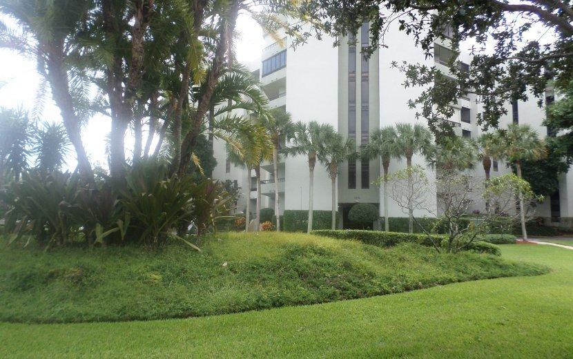 6372 La Costa Drive #703 Boca Raton, FL 33433