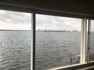 52 Yacht Club Drive, North Palm Beach, FL 33408